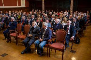 Pracownicy WNPiD nagrodzenia medalami 100-lecia Uniwersytetu Poznańskiego