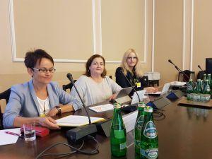 """Ekspertki z WNPiD na konferencji """"Wpływ języka na sytuację społeczno- ekonomiczną kobiet""""."""