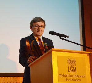 Prof. Tadeusz Wallas człowiekiem 10-lecia