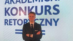 Mateusz Mucha finalistą Akademii Retoryki